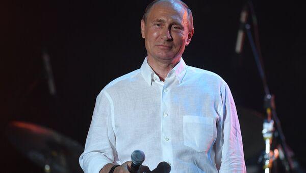 Vladímir Putin en el festival Koktebel Jazz Party - Sputnik Mundo