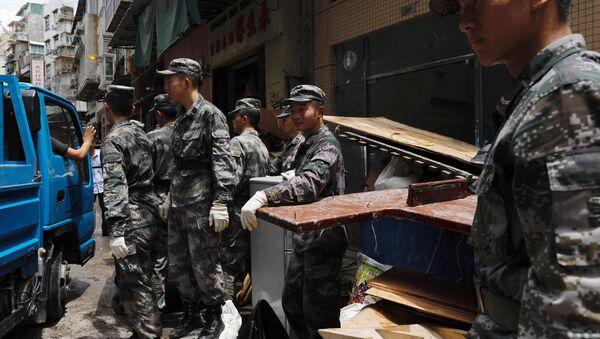 Los militares del Ejército Popular de Liberación de China en Macao - Sputnik Mundo