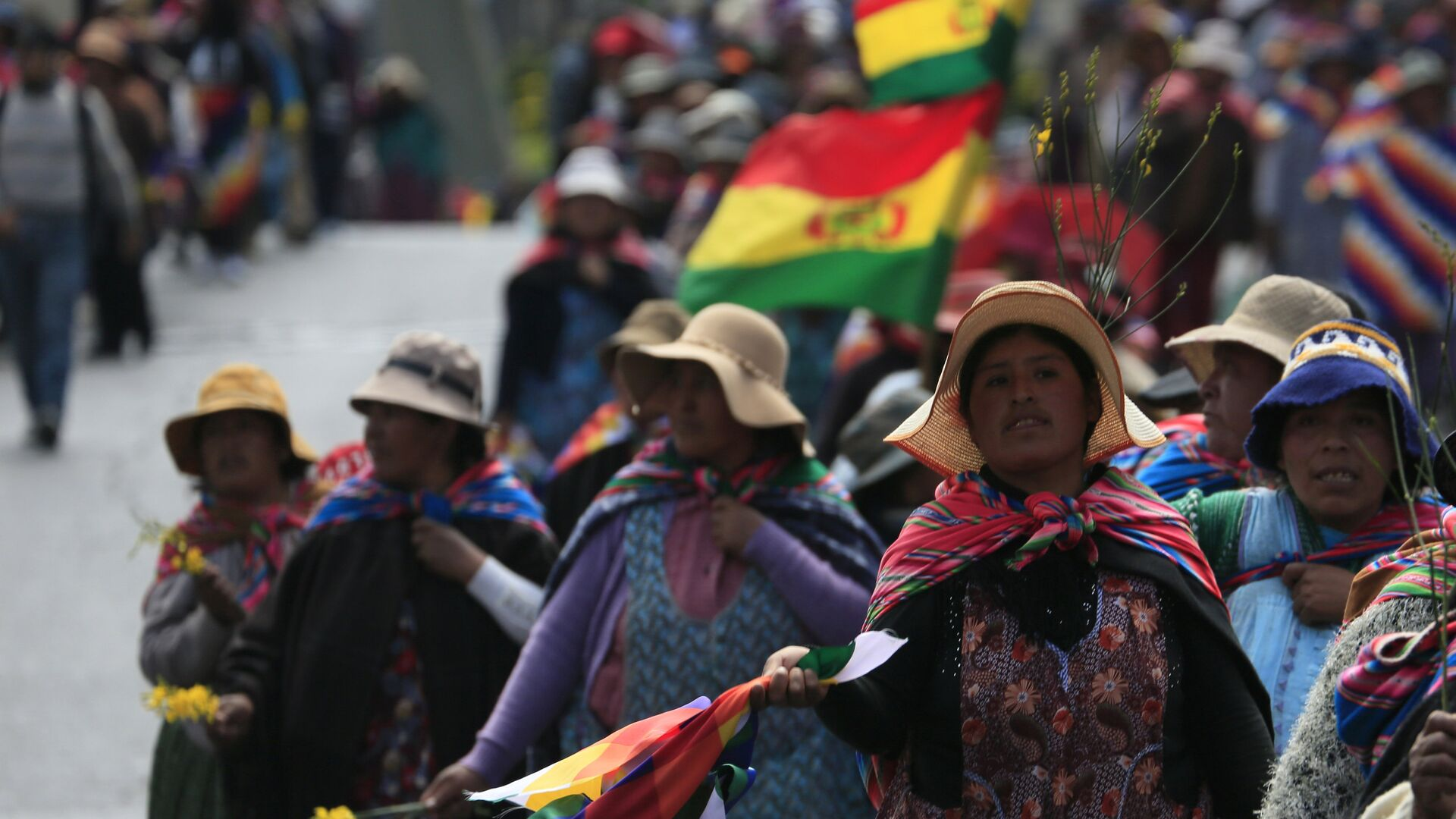 Mujeres indígenas en Bolivia - Sputnik Mundo, 1920, 30.09.2021