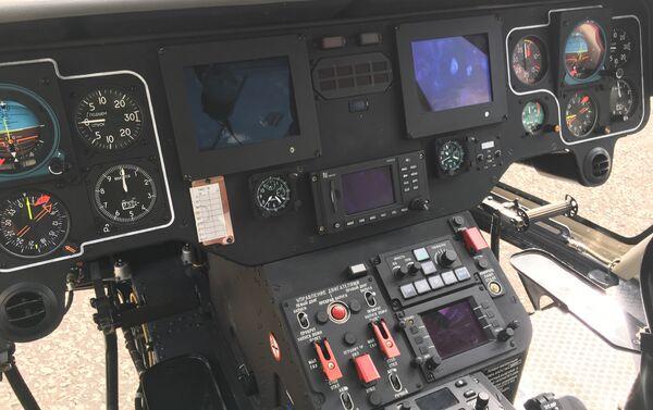Dentro de la cabina del helicóptero Ansat - Sputnik Mundo