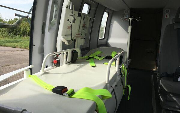 El interior de la versión médica del helicóptero Ansat - Sputnik Mundo