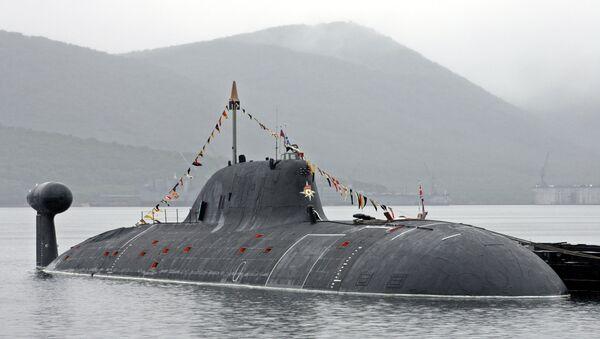 Un submarino nuclear ruso de clase Akula - Sputnik Mundo