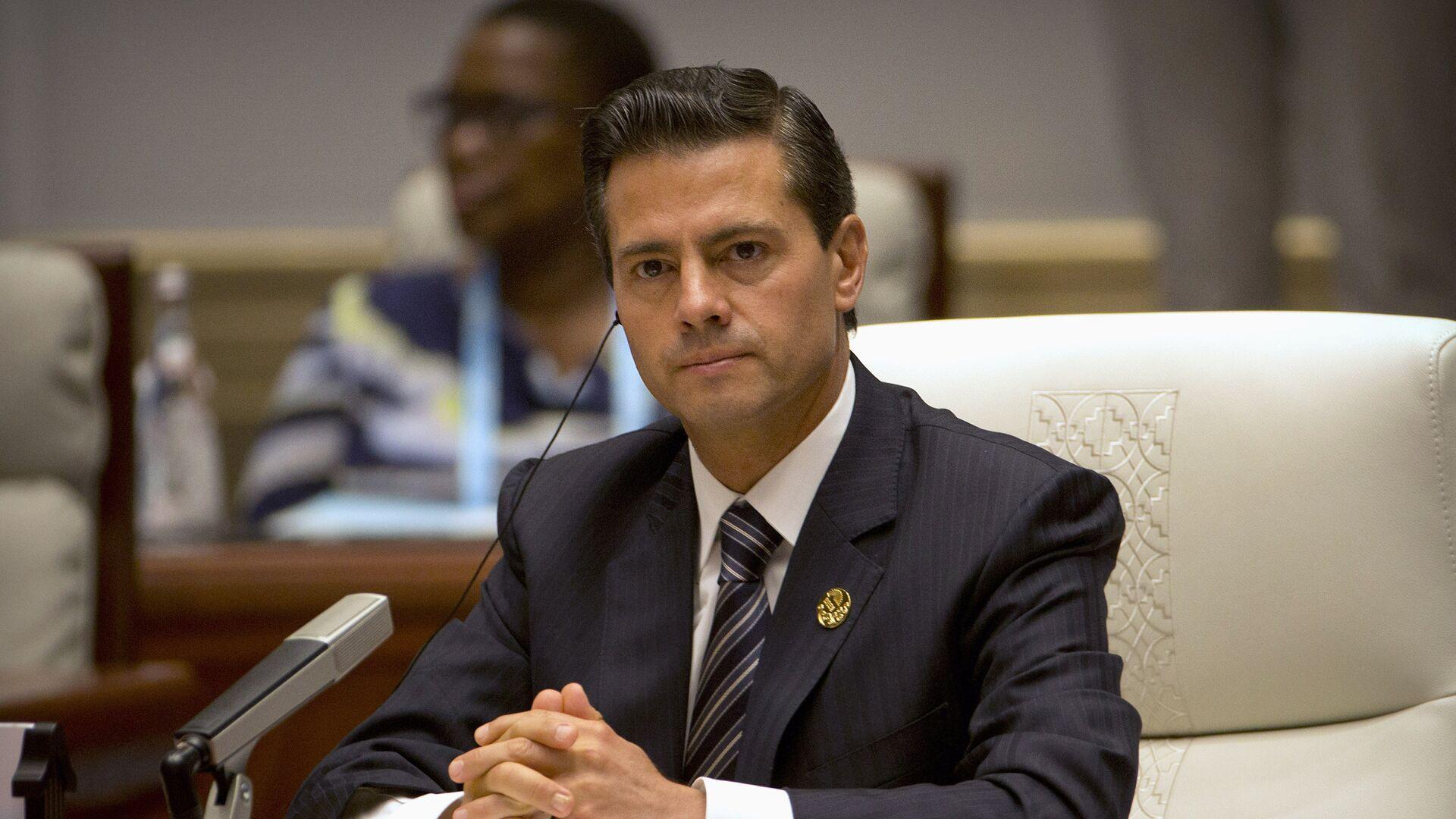 Enrique Peña Nieto, presidente de México, en la cumbre de BRICS - Sputnik Mundo, 1920, 27.08.2021