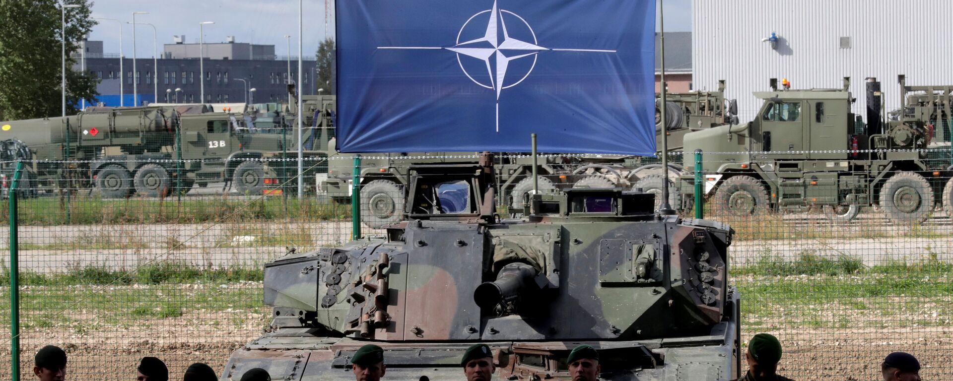 La bandera de la OTAN - Sputnik Mundo, 1920, 20.02.2021