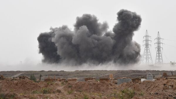 Un ataque de las Fuerzas Aeroespaciales de Rusia contra las posiciones de Daesh en Siria (archivo) - Sputnik Mundo