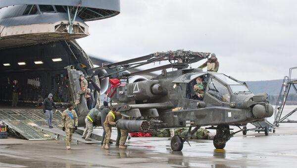 Un helicóptero en la base aérea estadounidense Ramstein (archivo) - Sputnik Mundo