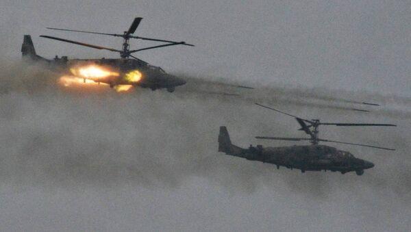 Helicópteros Ka-52 durante las maniobras ruso-bielorrusas Zapad 2017 - Sputnik Mundo