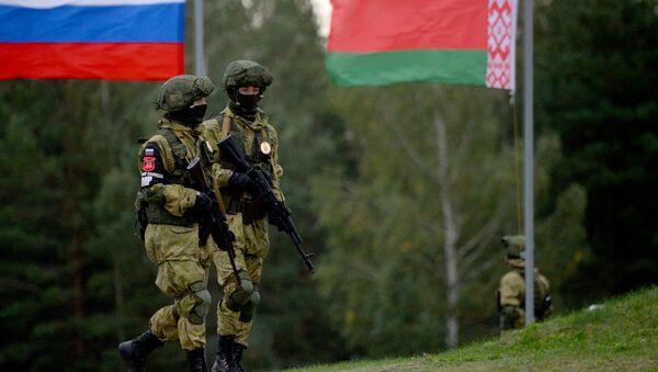 Maniobras ruso-bielorrusas Zapad 2017 - Sputnik Mundo