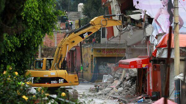 Labores de rescate tras el sismo en México (archivo) - Sputnik Mundo