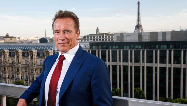 Arnold Schwarzenegger, estrella del cine de acción y exgobernador de California - Sputnik Mundo