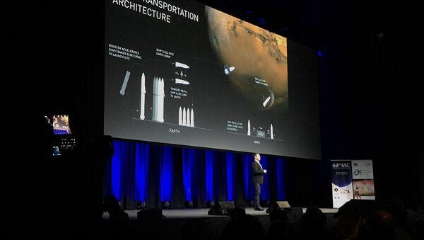 El jefe de la empresa SpaceX Elon Musk en el Congreso Astronáutico Internacional en Australia - Sputnik Mundo