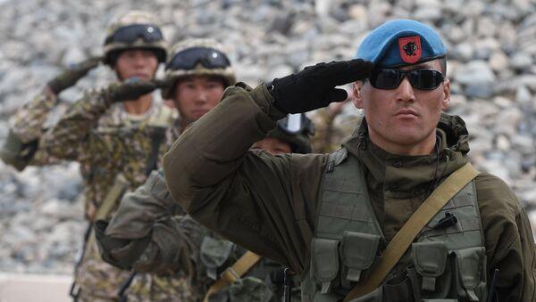 Militares de Kirguistán - Sputnik Mundo