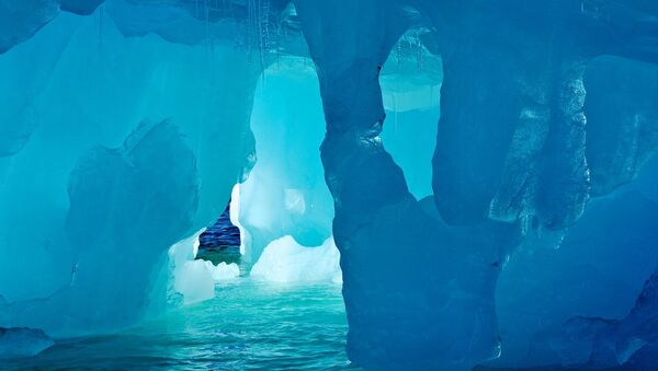 Un iceberg (imagen referencial) - Sputnik Mundo