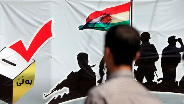 Un cartel promoviendo el referéndum de Kurdistán iraquí - Sputnik Mundo