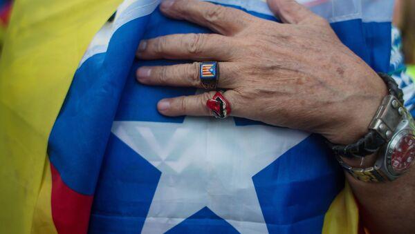 Cataluña espera la respuesta de Puigdemont sobre la independencia - Sputnik Mundo