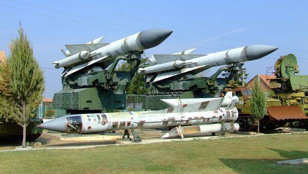 Los misiles del sistema soviético S-200, o SA-5 Gammon, en un museo (imagen referencial) - Sputnik Mundo
