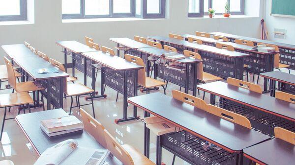 Una sala de clase vacía (imagen referencial) - Sputnik Mundo