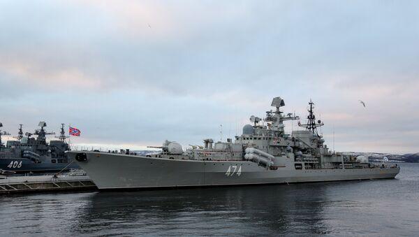 El destructor Almirante Ushakov de la Flota rusa del Norte - Sputnik Mundo