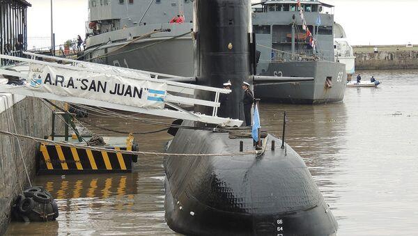 Submarino ARA San Juan en el Apostadero Naval de Buenos Aires, durante una jornada de puertas abiertas en mayo de 2017 por el día de la Armada Argentina. - Sputnik Mundo