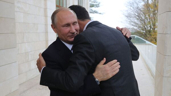 Vladímir Putin en una reunión con Bashar Asad - Sputnik Mundo