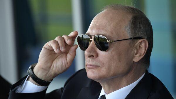 El presidente ruso Vladimir Putin (archivo) - Sputnik Mundo