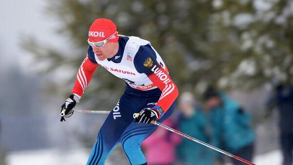 Maxim Vilegzhanin, esquiador ruso (archivo) - Sputnik Mundo