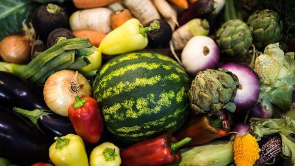Fruta y verduras rusas - Sputnik Mundo