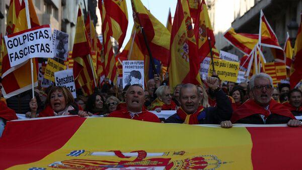 Manifestación contra la independencia en Barcelona - Sputnik Mundo