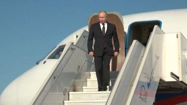 Putin llega a la base rusa en Siria - Sputnik Mundo