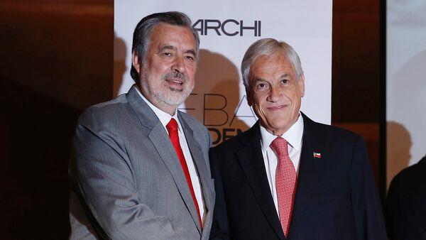 El candidato presidencial y expresidente chileno, Sebastián Piñera, y el candidato del partido gobernante Nueva Mayoría, Alejandro Guillier - Sputnik Mundo