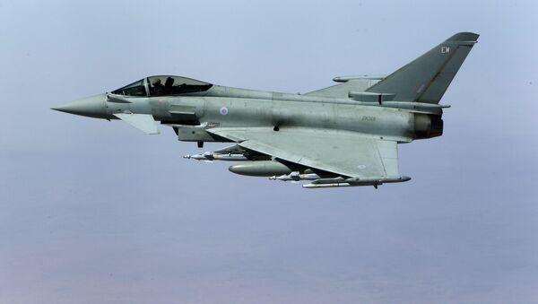 Caza británico Eurofighter Typhoon - Sputnik Mundo