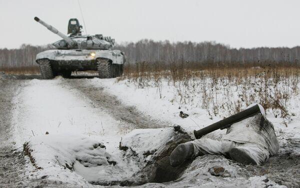 Maniobras de las Fuerzas Armadas rusas en Siberia - Sputnik Mundo