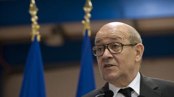 Jean-Yves Le Drian, ministro de Exteriores de Francia - Sputnik Mundo