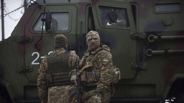 Militares ucranianos, imagen referencial - Sputnik Mundo