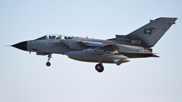 Panavia Tornado saudí  - Sputnik Mundo