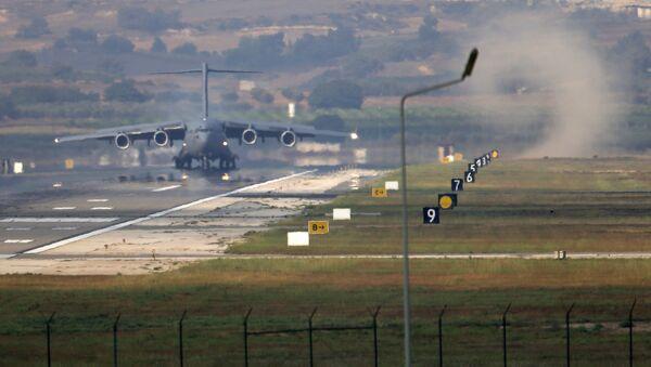 La base aérea de Incirlik, Turquía - Sputnik Mundo