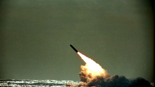 Lanzamiento de Trident II de EEUU (1989) - Sputnik Mundo