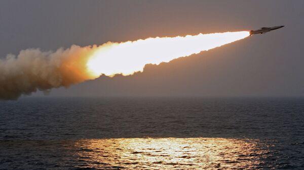Misil antibuque supersónico, imagen ilustrativa - Sputnik Mundo