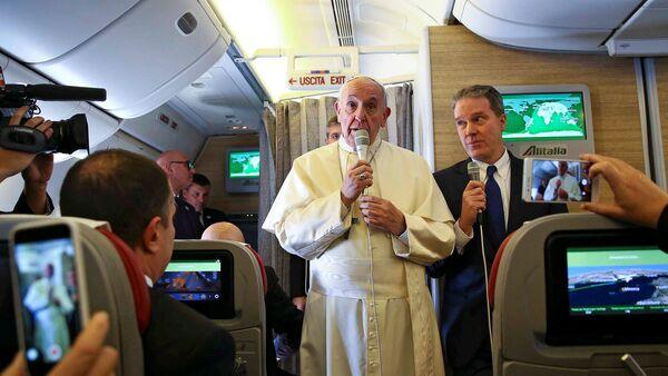 El Papa Francisco durante su viaje a Chile y Peru - Sputnik Mundo