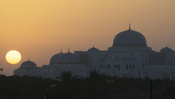 Abu-Dabi, capital de Emiratos Árabes Unidos - Sputnik Mundo