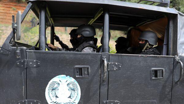 Fuerzas de seguridad venezolanas durante la operación para capturar a Óscar Pérez - Sputnik Mundo