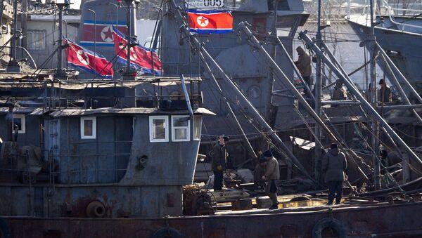 Barcos norcoreanos (archivo) - Sputnik Mundo