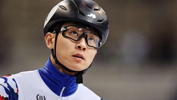 Víctor Ahn, patinador de velocidad en pista corta - Sputnik Mundo