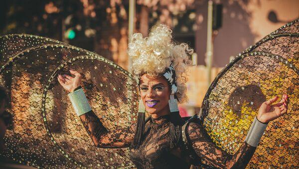 Una drag queen - Sputnik Mundo