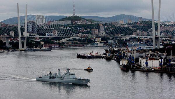 Ejercicios militares conjuntos de Rusia y China - Sputnik Mundo