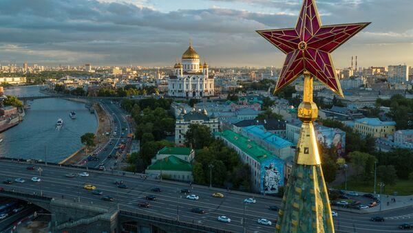 Una de las estrellas del Kremlin de Moscú, Rusia - Sputnik Mundo