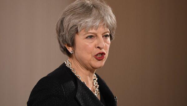 Primera ministra del Reino Unido Theresa May - Sputnik Mundo