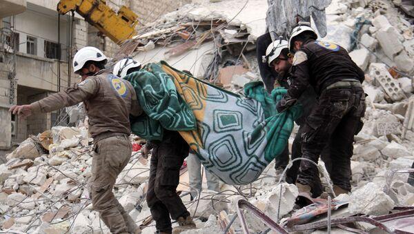 Miembros de Cascos Blancos en Siria - Sputnik Mundo