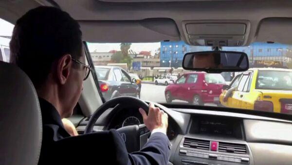 Bashar Asad recorre en su auto la Guta Oriental liberada - Sputnik Mundo