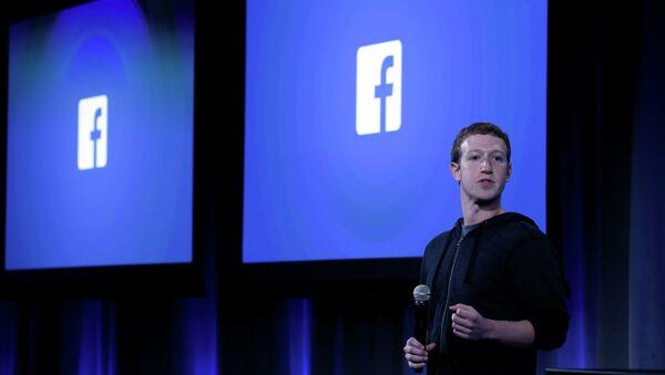 Facebook Co-Founder Mark Zuckerberg - Sputnik Mundo